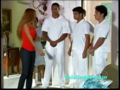 Ellen trás camisa de força para levar Foguinho- Cobras & Lagartos