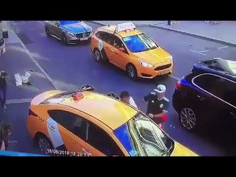 Graphic: Taxi Driver Drives INTO A CROWD OF PEOPLE (CAMERA)