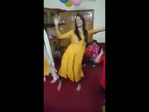 Pakistani girls dancing on birthday party  | Best Danceing