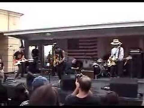 The Bongos - Beat Hotel