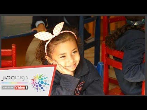 أصغر فنانة تشكيلية فى العالم.. قصة روان ذات الـ4 سنوات  - 09:54-2019 / 1 / 16