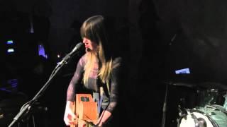 Смотреть клип Julia Stone - Bloodbuzz Ohio