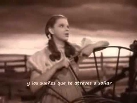 Judy Garland - Somewhere over the rainbow (subtitulada)