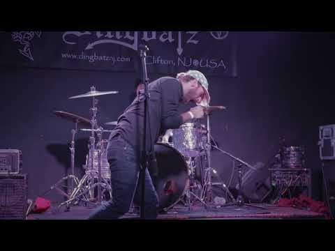 "Comb The Desert - ""God Is A Woman & Heaven is Hell"" (Live @ Dingbatz)"