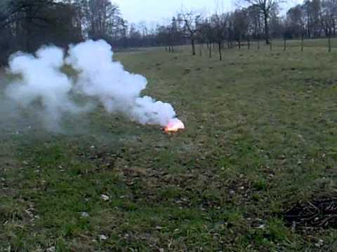 Rauchbombe Salpeter Und Zucker Selbstgebaut Youtube