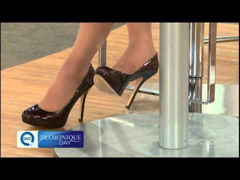QVC Lisa Mason Showing Off Her 6 inch Stiletto Shoes.