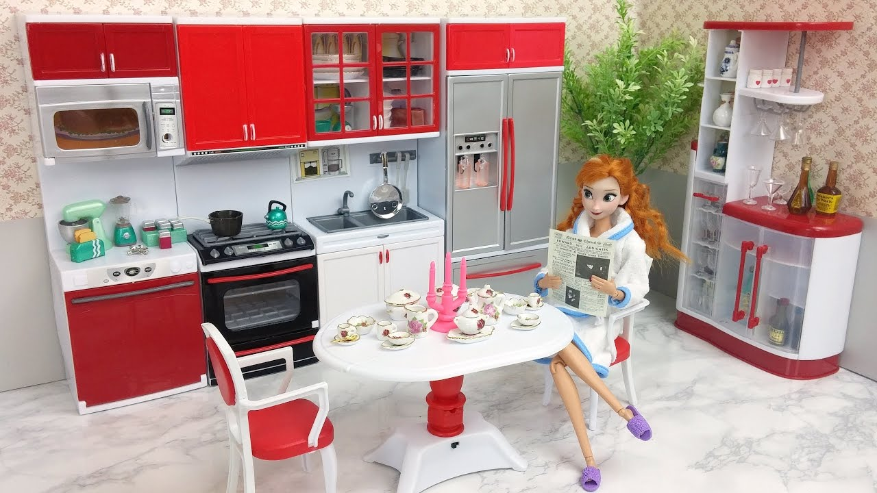 Barbie Doll Deluxe Kitchen Set With Dining Table Set Youtube