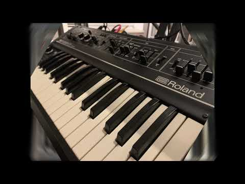 Roland SH09 Synthesizer Demo Synthpop