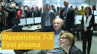 Wendelstein 7-X: The first helium plasma