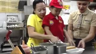 Aerith&#39s making Jollibee Hotdog