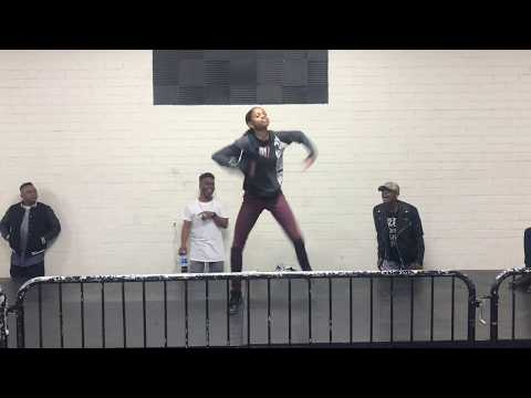 Bella vs Shay Shay| Freestyle Friday l OfficialTSquadTV | Tommy The Clown