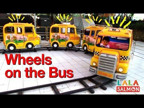 naik-wheels-on-the-bus-|-taman-wisata-matahari