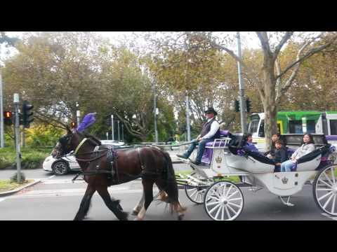 AussieTour Sydney Canberra Melbourne  Perth 04 05 2017
