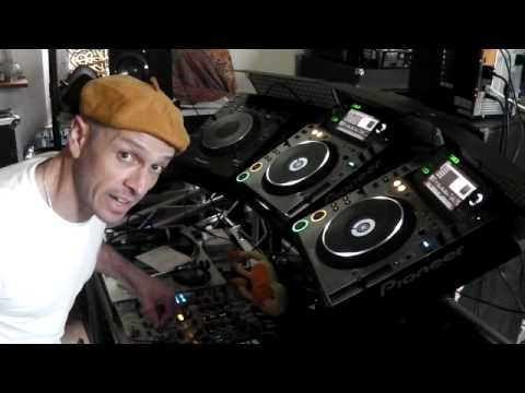 DJ Tutorial , trick, double spin back with an effect in the mix... confused?