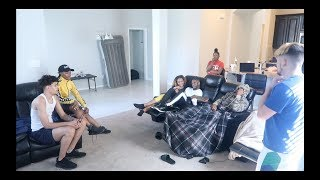 YOUR K.1.T.T.Y STINK INFRONT OF COMPANY PRANK!!! FT ARMON AND TREY & JAZZ AND TAE