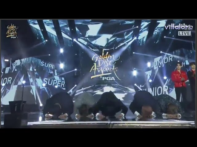 Super Junior New Year Bow at Golden Disc Awards 2018