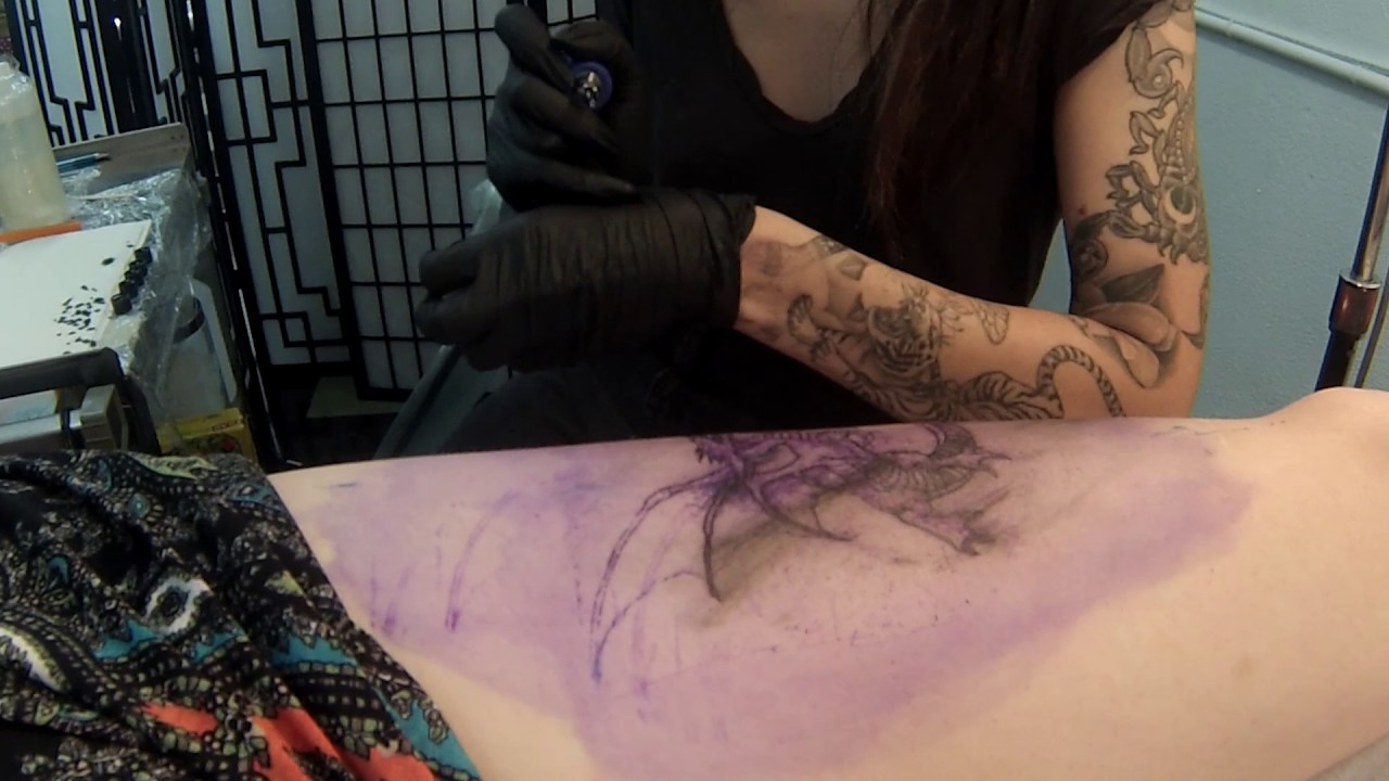 a625d9c41 Women Tattooers Succeed Against the Odds