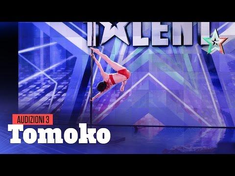 Tomoko, pole dance a 70 anni