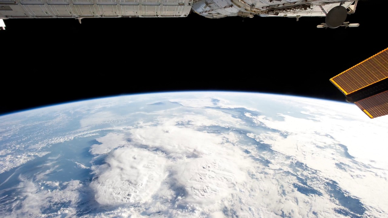 The Curvature, Earth from Space in 4k UHD