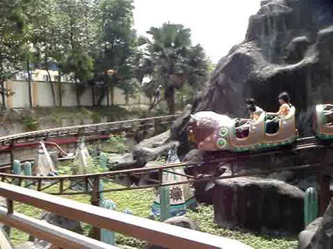 Sunway Lagoon - 4 Coaster Rides pass through at the same time