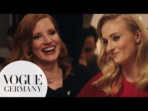 Beim Dinner mit...Sophie Turner und Jessica Chastain in Paris
