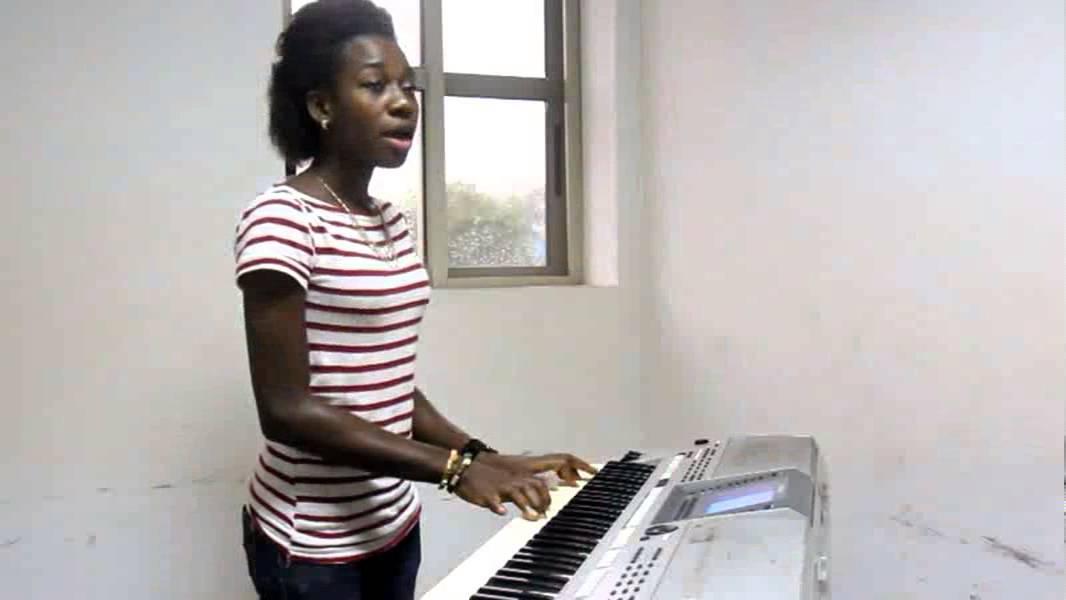 Lyrics: Darey feat. Soweto Gospel Choir - Pray For Me
