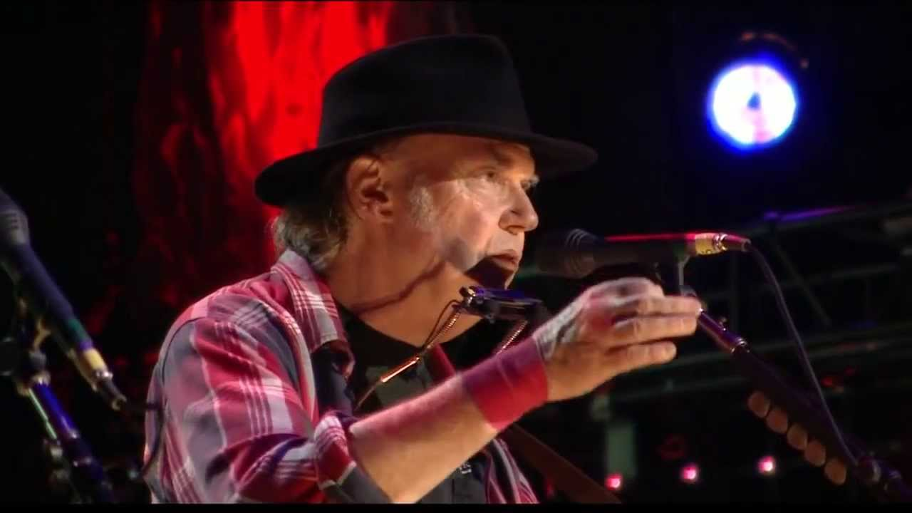 Neil Young Old Man Live At Farm Aid 2013 Youtube