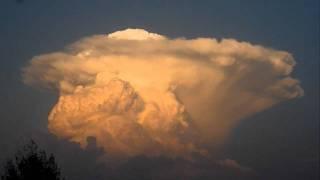 Cumulonimbus (time-lapse) August 22, 2011