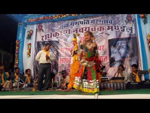 chaliya ka bhes bnaya shyam chudi bechne aaya ganesh chaturthi program