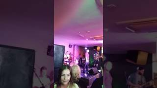 Xxx dc band in zoo bar st.helens