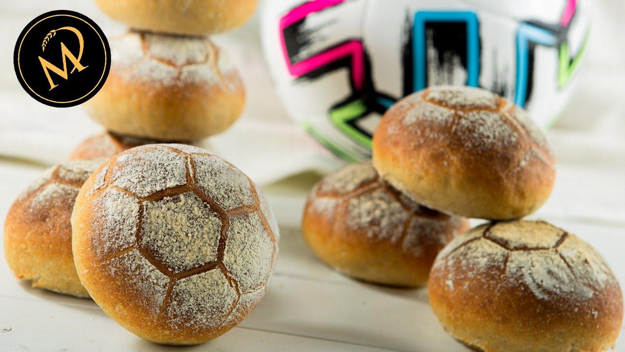 Download Fussball Brötchen backen / EM - Brötchen selber machen
