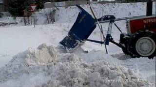 Steyr 8120 im Winterdienst Einsatz