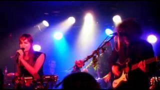 Karpatenhund - Notfalls werde ich für immer warten (Live in Berlin, 15.12.2009)(Audio)