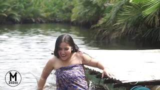 vuclip Bad day of the girl bath river alone - MDoDoo