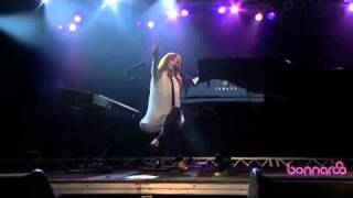 Tori Amos - Cooling @ Bonnaroo 2010 HQ Webcast