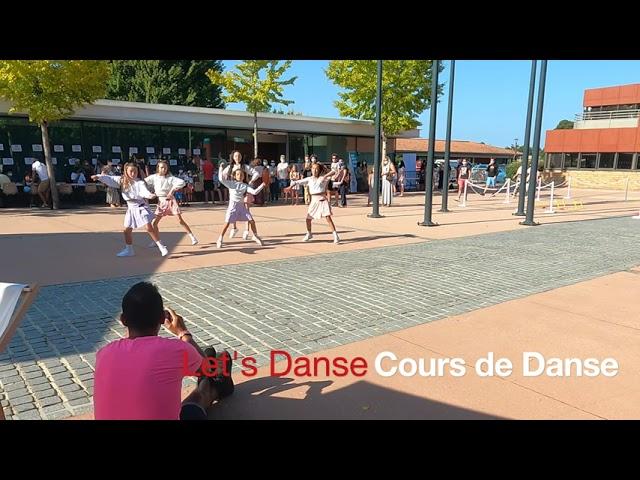 FA D02 -  Le CLUB de DANSE en démonstration - Forum des Associations de Lège-Cap Ferret.