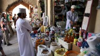 Reisebericht Oman: Jebal Shams - Nizwa - Jebel Akhdar - Video Oman Rundreise - Tag 04