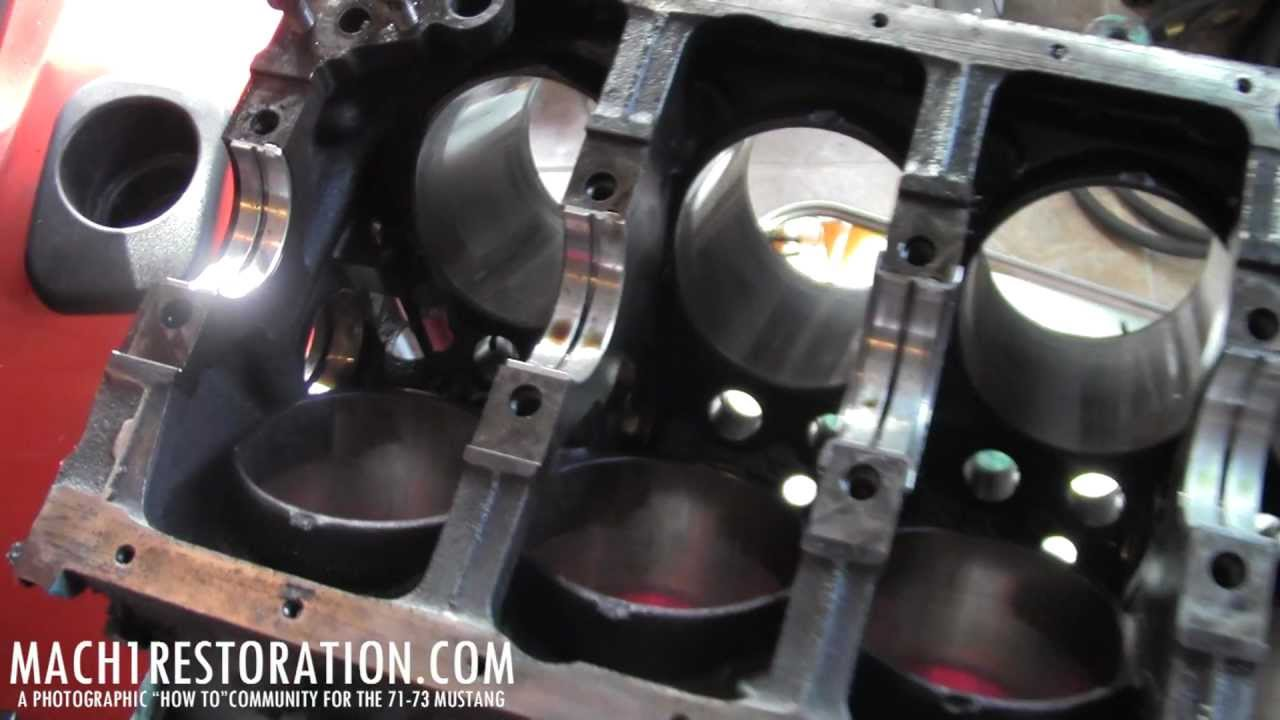 Tearing Down The Small Block Ford 302 Finding Damaged Cylinder Wall (bore)