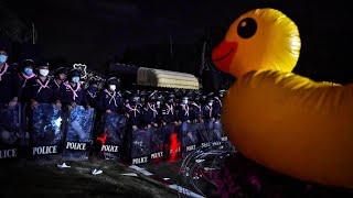 Proteste in Thailand: Gummi-Enten gegen Militärherrschaft