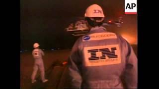 USA/CANADA: 2 FRENCHMEN ATTEMPTING TO BREAK RECORD REFUEL MIDAIR