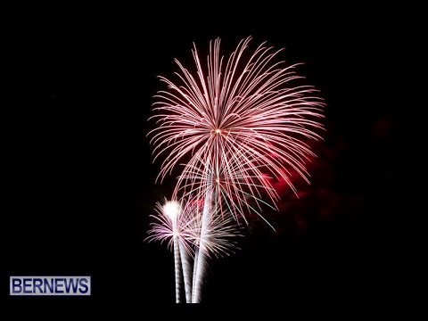 New Years Eve Fireworks Bermuda, December 31 2014