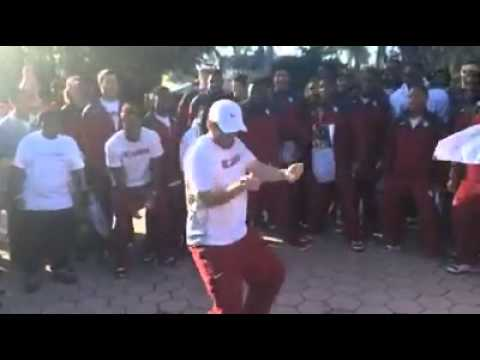 Baker Mayfield (Oklahoma QB) Showing some moves