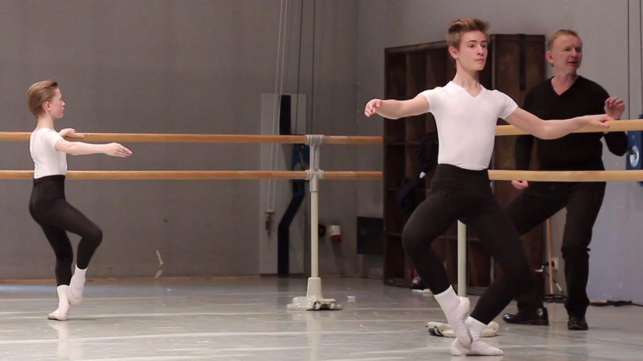 Danse classique barre gar ons 12 13 ans ballet boys for Musique barre danse classique gratuite