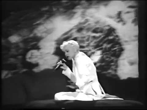 Cyndi Lauper The World is Stone Live France '92