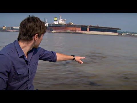 Dangerous Work! Ship Graveyard in Bangladesh  - Indian Ocean With Simon Reeve - BBC