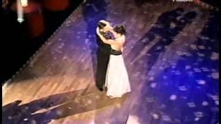 Танец Анастасии Заворотнюк и участников шоу
