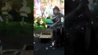 Download Video Penari Ular Artis Hot Bugul Kidul Pasuruan MP3 3GP MP4
