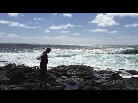 Sea waves - Poste LaFayette Mauritius
