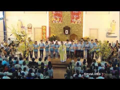 Thánh lễ mồng 2 tết Nhâm Thìn