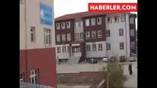 Konya'da Kız Öğrencileri Taciz Eden 6 Kişi Yakalandı http://facebookvido.blogspot.com/